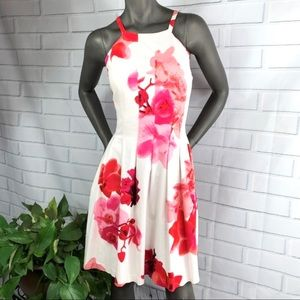 👗I•CALVIN KLEIN•I Pretty Floral Summer Dress👗